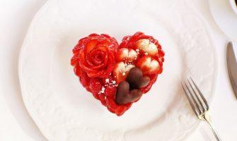 バレンタインケーキ~いちごとチョコレートのケーキ~ カフェコムサ