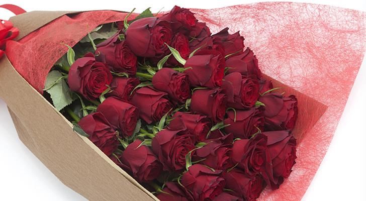 100本の赤いバラの花束 彼氏にもらって嬉しかった誕生日プレゼント