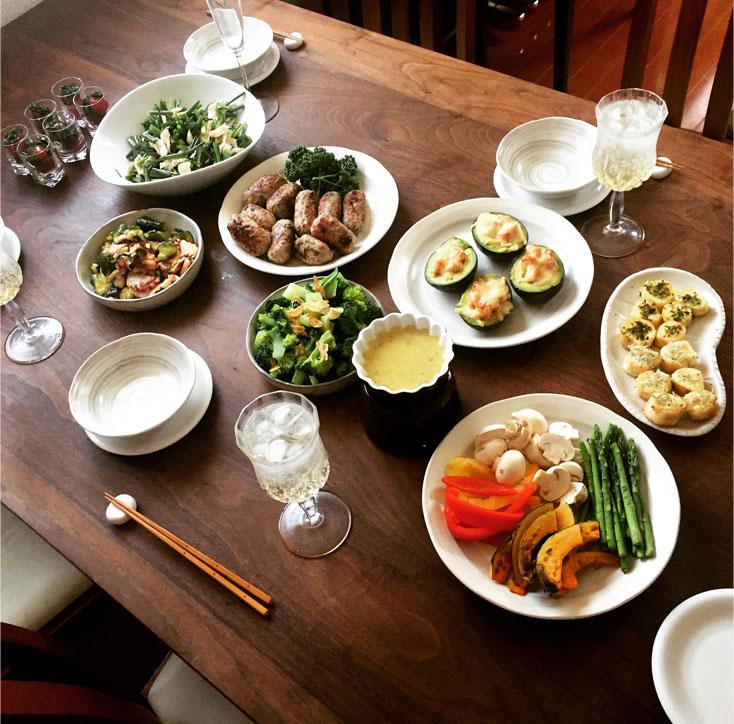 ベーコンのアボカドボート パーティー料理イメージ