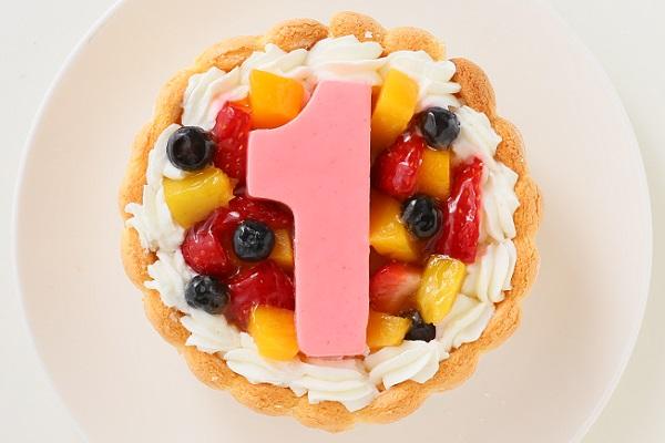 1歳の誕生日のバースデーケーキ 数字の1