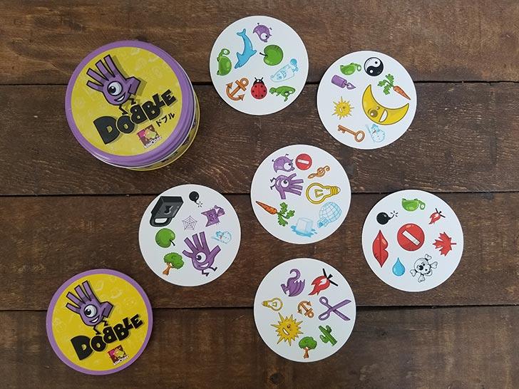 カードゲーム ドブル DOBBLE