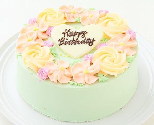 ハワイアン・レイみたいで素敵!「フラワーバタークリームデコレーションケーキ」