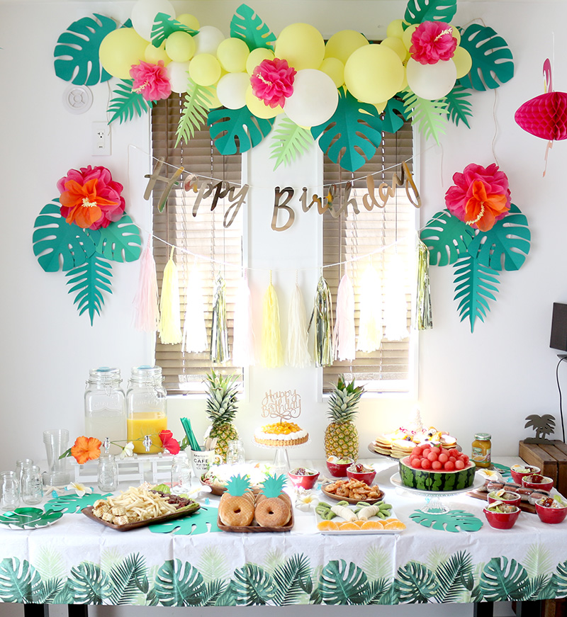 アロハ・ハワイをテーマにしたトロピカルな誕生日パーティー演出