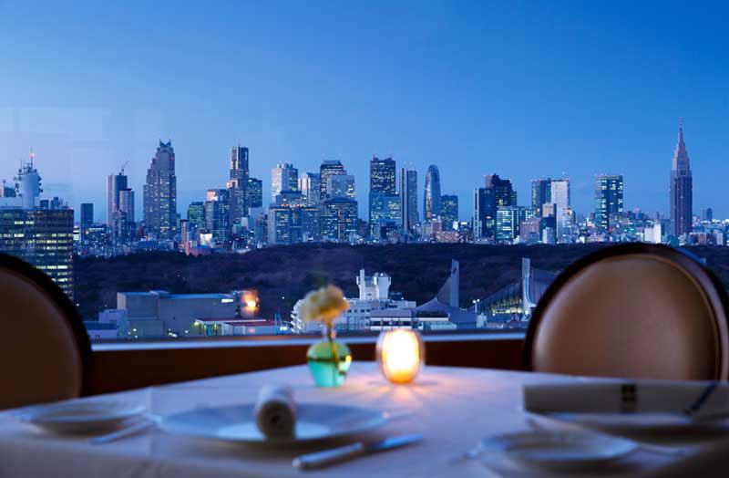渋谷|Restaurant A bientot/渋谷エクセルホテル東急(フランス料理)店内から見える夜景