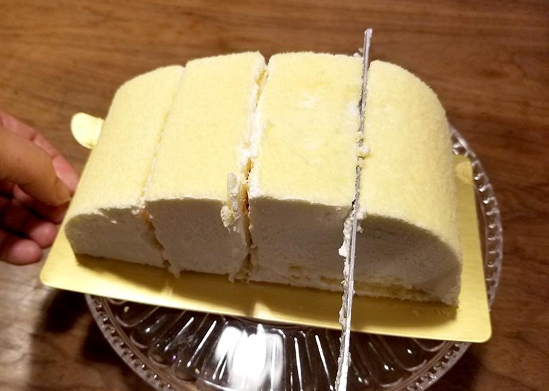 肉ケーキ 和牛サーロインケーキをカット