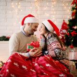 彼氏が喜ぶクリスマスプレゼント特集!定番人気ランキング〜サプライズなギフトまで!