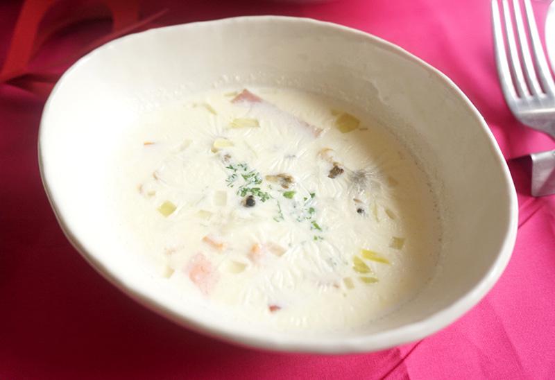 あさり水煮缶で作るスピードクラムチャウダー バレンタインの簡単料理レシピ
