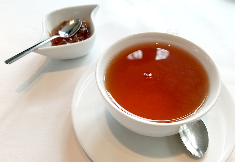 葉山庵Tokyo ノーベル賞晩餐会でも供されるバラの香りの紅茶 セーデルブレンドティー