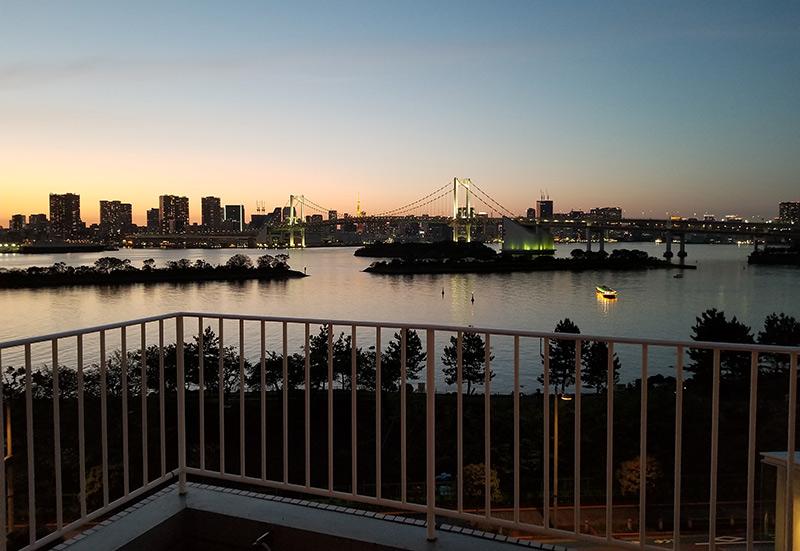 ヒルトン東京お台場から見える夜景 夕方