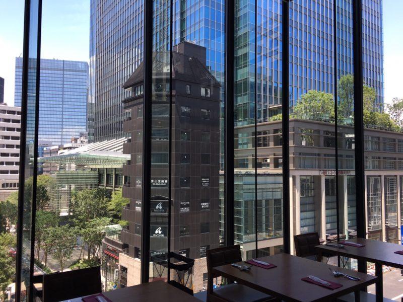 XEX 日本橋 サルヴァトーレの店内から見える景色