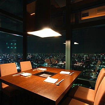 星遊山店内から見える夜景