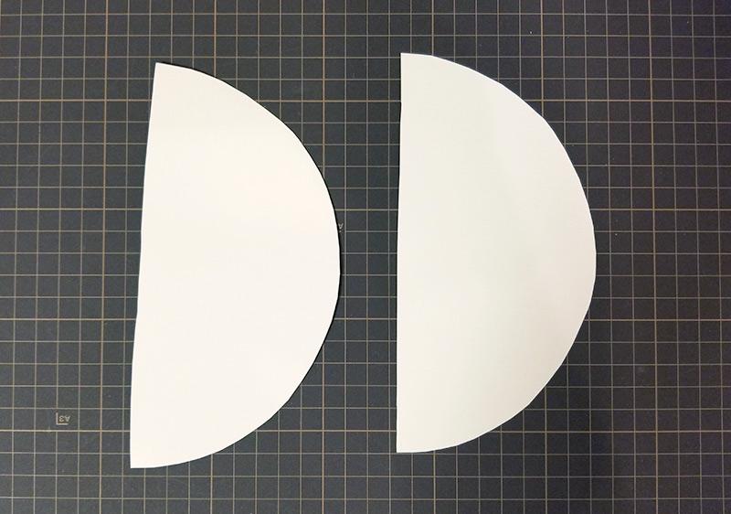 表面に厚紙を貼る ハニカムボールの作り方