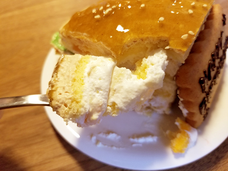 そっくりハンバーガーケーキを食べてみた感想
