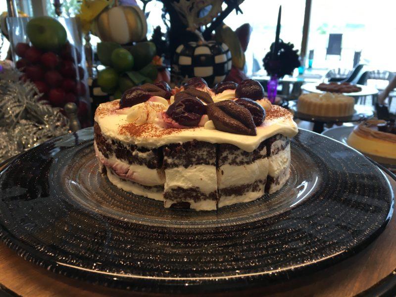 ブラックチェリーのショートケーキ