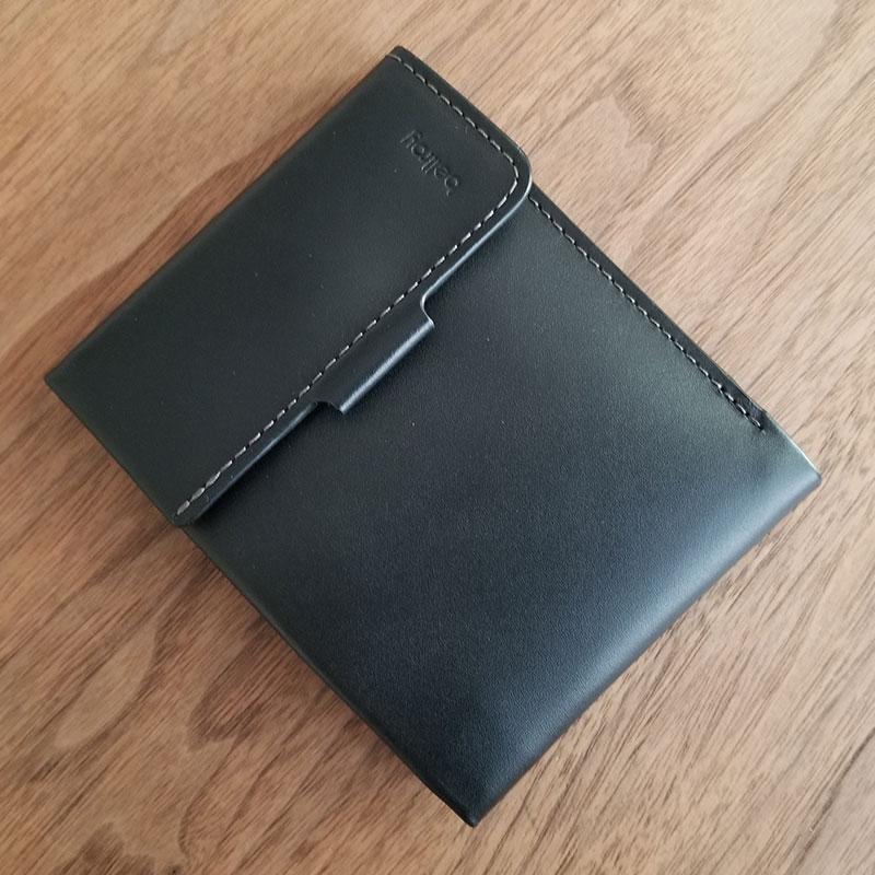 全体イメージ スリムでコンパクトな財布「ベルロイ コインフォルド ウォレット」