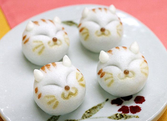 結婚式の引菓子としても人気「ネコ・どうぶつまんじゅう」