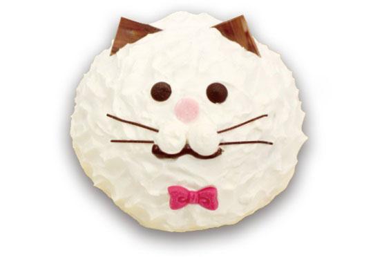 子供から大人まで食べる人を選ばない冷凍ケーキ「ねこのミルフィーユ(しろねこ)」