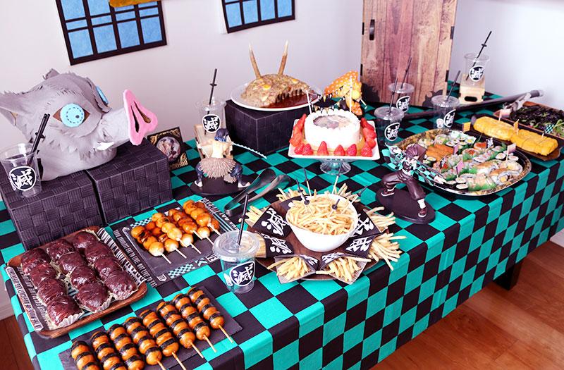 鬼滅の刃がテーマの誕生日パーティー演出 料理