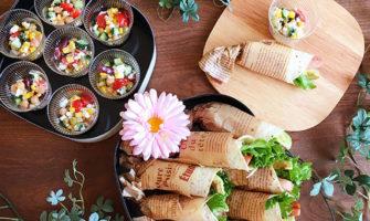 お花見やピクニックにぴったり!ラップサンド&カップサラダ弁当のレシピと作り方