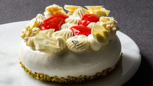 パティシエ坂下寛志監修の「ル フェスタン」は通販ケーキとは思えない極上の美味さ!感想・レビュー