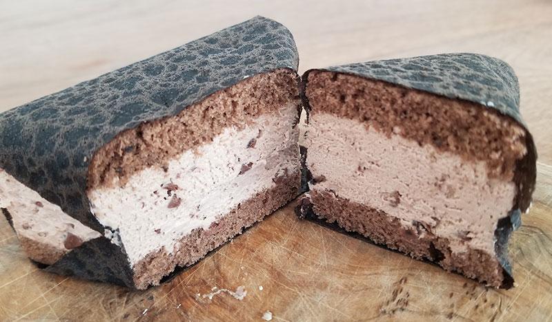おむすびケーキ ショコラ断面