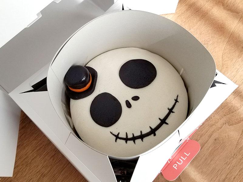ケーキが崩れない施策 ハロウィン 骸骨チーズケーキ レビュー 食べた感想