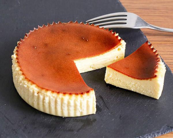 OVALE バスクチーズケーキ