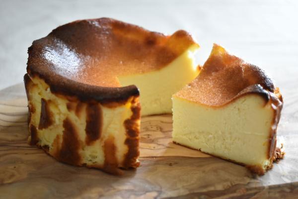 ジャンニのバスクチーズケーキ