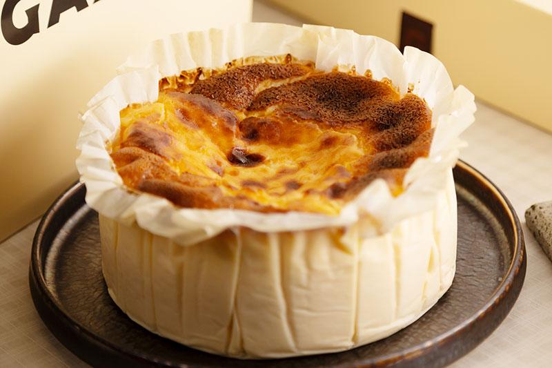 本家直伝!GAZTAのバスクチーズケーキ