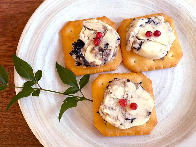 黒豆バターのカナッペ 洋風おせち料理レシピ