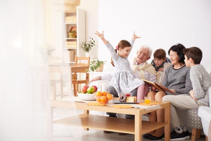 家族や親せきの集まり