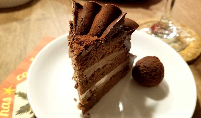高島屋の通販クリスマスケーキで人気の「Les Sens ノエルド・ショコラ」食べた感想