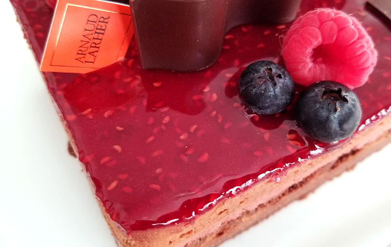 アルノー・ラエール パリ チョコケーキ モンテクリスト 上表面のジュレ