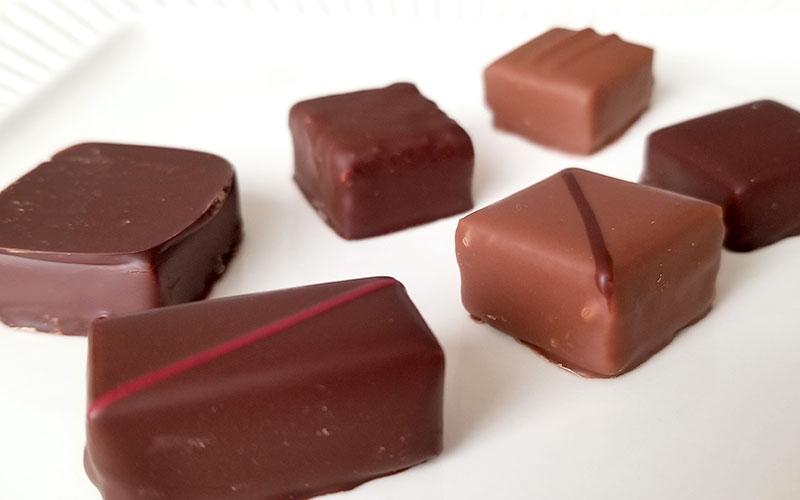 フランスの最高峰チョコブランド「ラ・メゾン・デュ・ショコラ アタンション 6粒入」を食べた感想