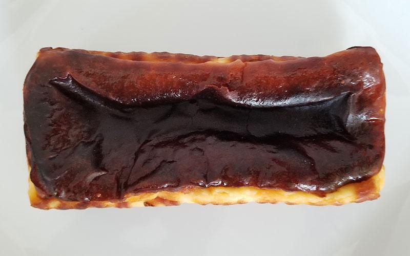 蜜芋バスクチーズケーキ 真上から見たイメージ