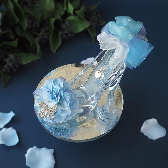 アナと雪の女王をイメージした「シンデレラのガラスの靴(プリンセス・ブルー)」