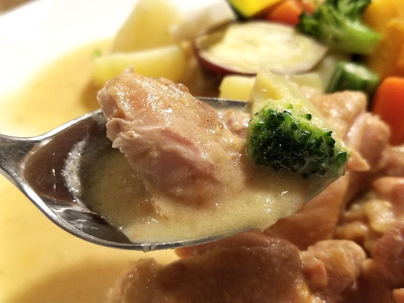 鶏のフリカッセ(クリーム煮)を食べた感想