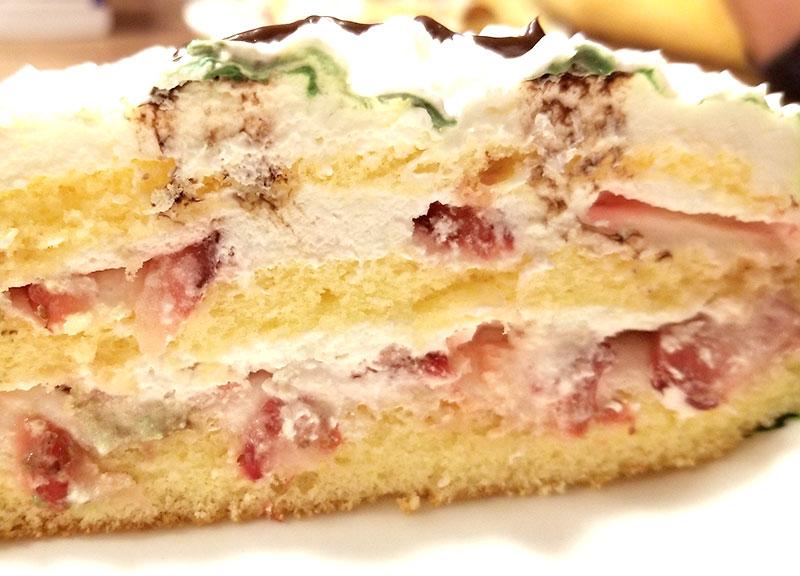 息子の誕生日にワンワンの立体キャラケーキをネットオーダー