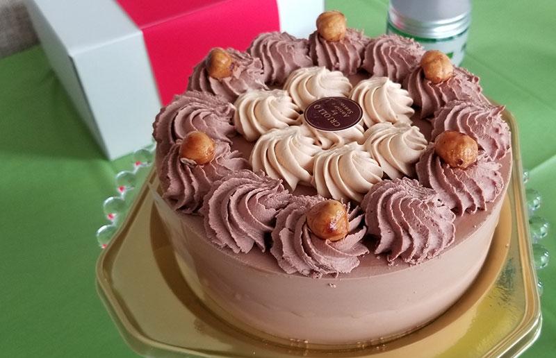ケーキ フォートナイトをテーマにした小学生男子の誕生日の飾り付け
