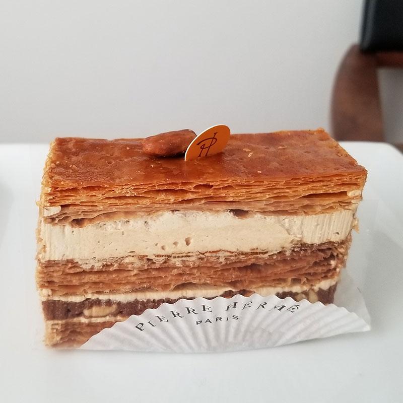 ドゥ ミルフィーユ ピエールエルメの生ケーキ