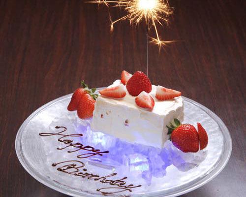 記念日には美しいケーキを!