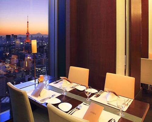 食事とともに楽しむ、最高の景色