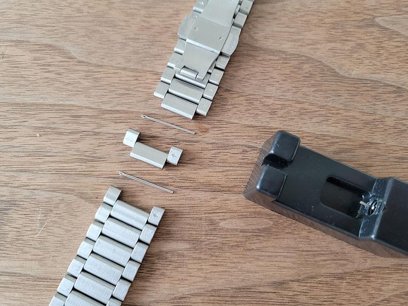 ベルトの長さ調節方法 ルノータスのダイバーズウォッチ・アクアオーシャン45をカスタムオーダー