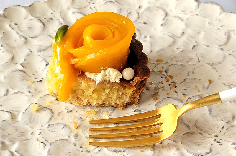 食べた感想【SALON BAKE & TEA】タルト ア ラ マンゴー