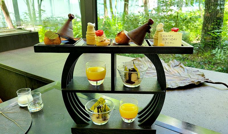 ハロウィンフォレデセール アマン東京「ザ・カフェ by アマン」でアフタヌーンティー 感想・レビュー