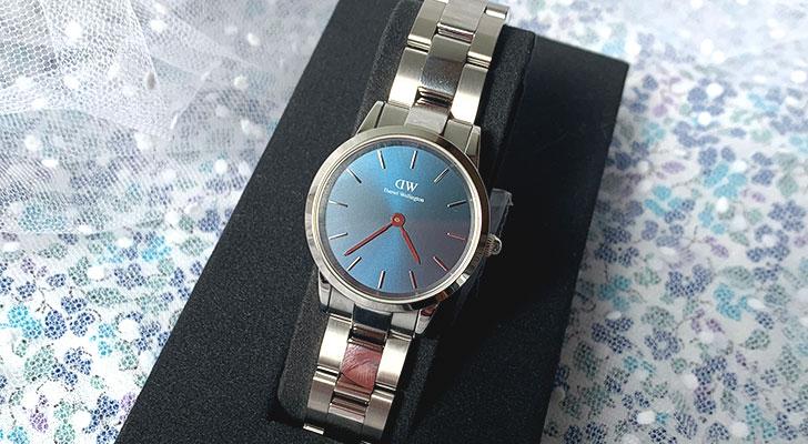 DW腕時計アイコニックリンクの新色「Iconic Link Arctic」