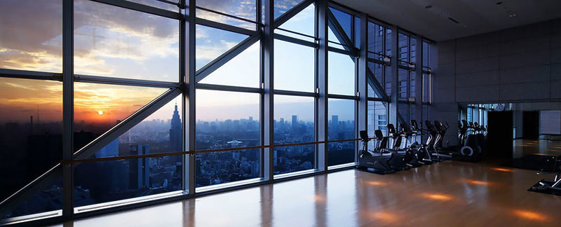 パークハイアット東京 フィットネスルーム  ラグジュアリーホテル