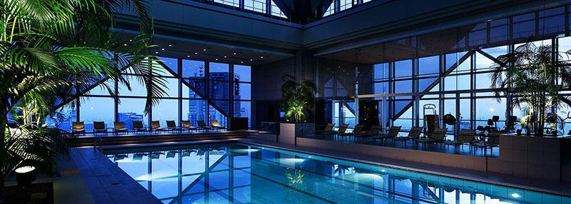 パークハイアット東京 スパ 天空プール  ラグジュアリーホテル