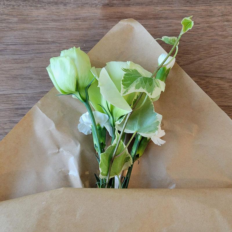 届いたお花 ポストに届く!お花の定期便「bloomee ブルーミー」をお試しレビュー!(感想・クチコミ)