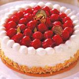 誕生日の定番!いちごのデコレーションケーキ